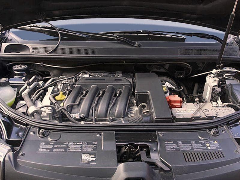 Двигатель Сандеро К4М